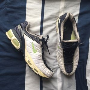 chaussure nike air max tailwind tn